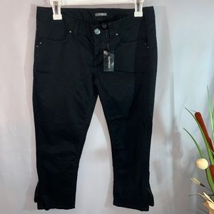 EXPRESS BLACK CAPRI PANTS